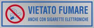 """Etichetta adesiva """"Vietato fumare anche con sigarette elettroniche"""""""