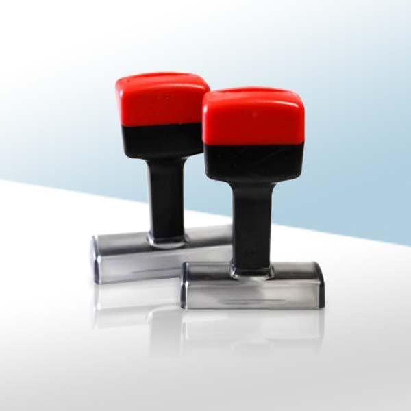 Timbri da usare col tampone inchiostrato. Ideali per il fai-da-te e per chi deve cambiare spesso il colore della timbrata.