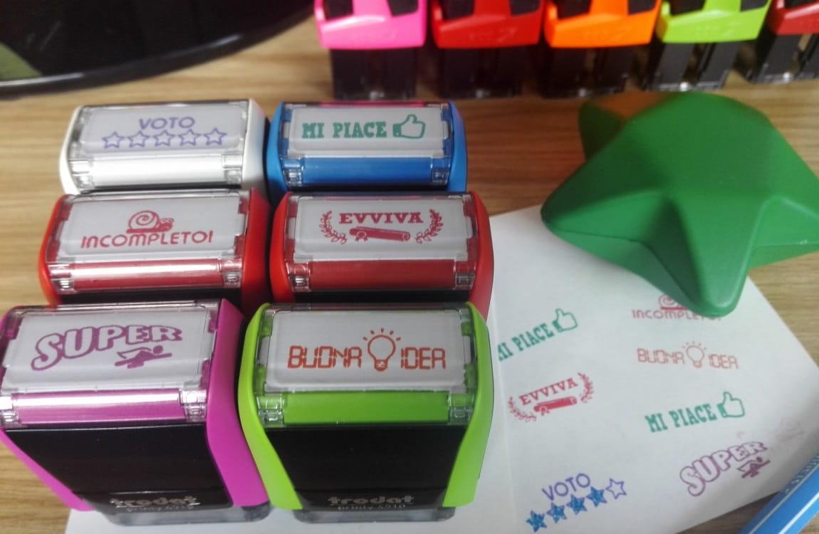 Timbri collezione Happy School